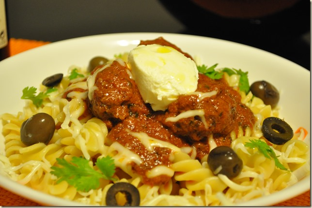 Spiralli Pasta and Meatballs in Tomato Sauce