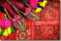 Colorful-joothis-available-at-Nehru-Bazaar